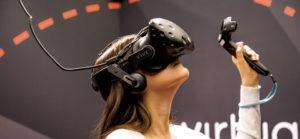 Anniversaire Salle virtuelle originale avec l'équipement HTC VIVE